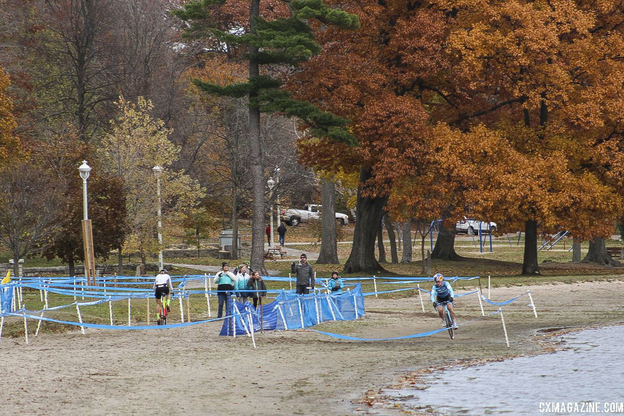 Maghalie Rochette got a small lead on Noble shortly before the last lap. 2018 Pan-American Cyclocross Championships, Midland, Ontario. © Z. Schuster / Cyclocross Magazine