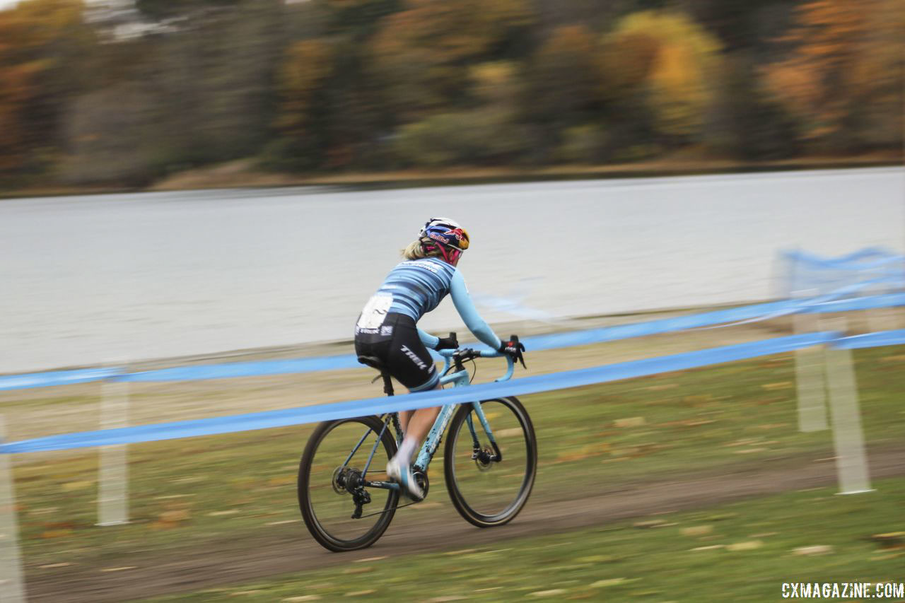 Little Lake Park is set along the shore of Little Lake. 2018 Silver Goose Cyclocross UCI C2 © Z. Schuster / Cyclocross Magazine
