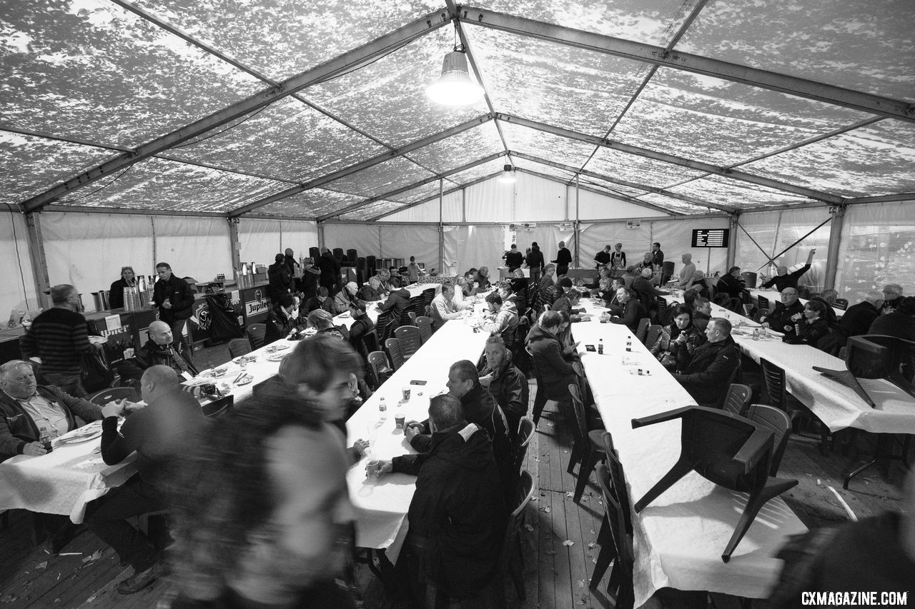Fans take in lunch and beers in the VIP tent before the racing starts. 2018 Superprestige Gavere Men. © A. Yee / Cyclocross Magazine