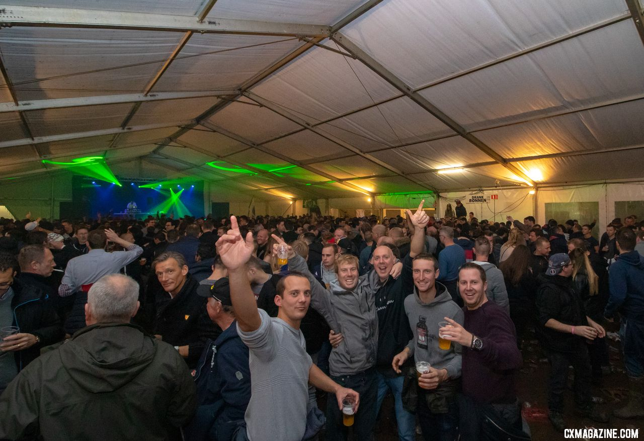 The beer tent was packed and hopping three hours after the race ended. 2018 Superprestige Gavere Men. © A. Yee / Cyclocross Magazine