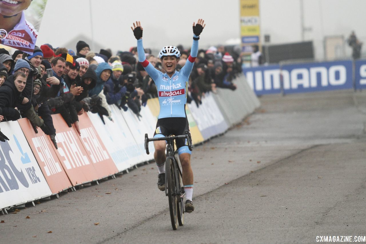 Eight different women have won major-series races this season, including Denise Betsema on Sunday. 2018 World Cup Koksijde. © B. Hazen / Cyclocross Magazine