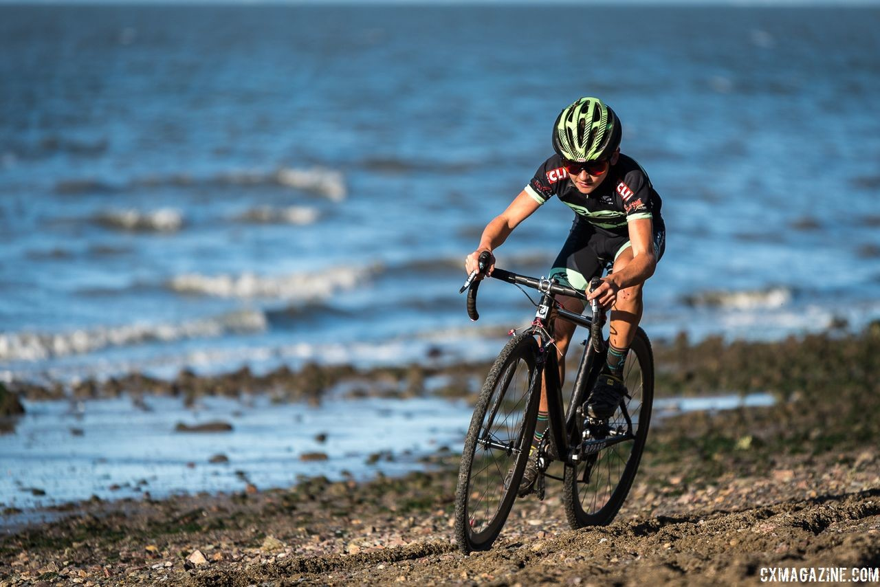 Despite appearances, the Coyote Point race was not a day at the beach. 2018 Coyote Point Cyclocross Race 1, San Mateo, California. © J. Vander Stucken / Cyclocross Magazine