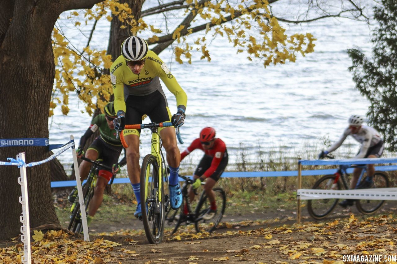 Kerry Werner led early on. 2018 Pan-American Cyclocross Championships, Midland, Ontario. © Z. Schuster / Cyclocross Magazine