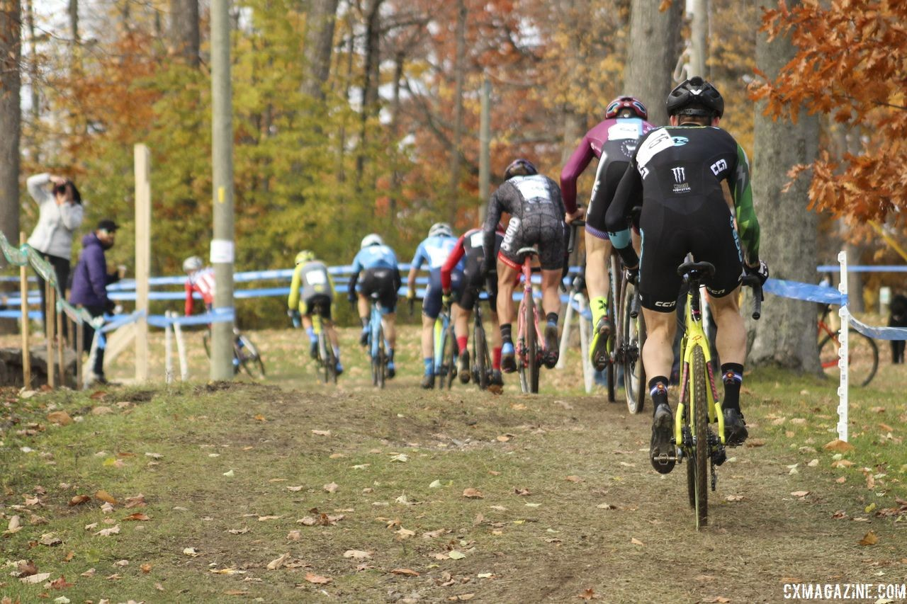 The lead group eventually swelled to 10. 2018 Pan-American Cyclocross Championships, Midland, Ontario. © Z. Schuster / Cyclocross Magazine