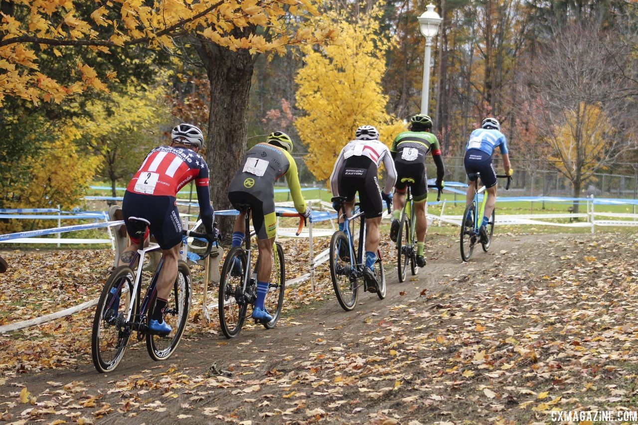 A group of 10 dropped to 5. Then it got even smaller. 2018 Pan-American Cyclocross Championships, Midland, Ontario. © Z. Schuster / Cyclocross Magazine