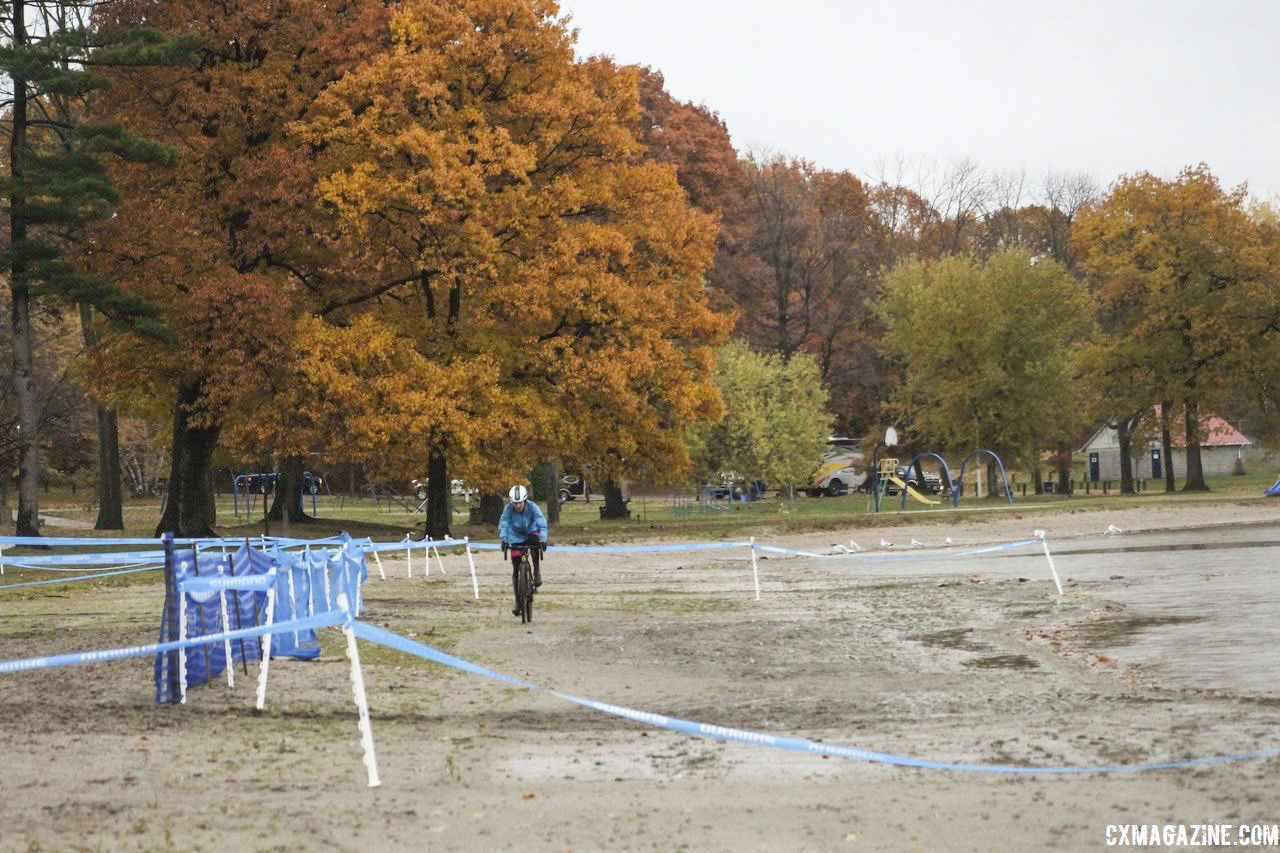 The longest section in the sand occurs at the end of the lap. 2018 Silver Goose CX Course Inspection, Friday. © Z. Schuster / Cyclocross Magazine