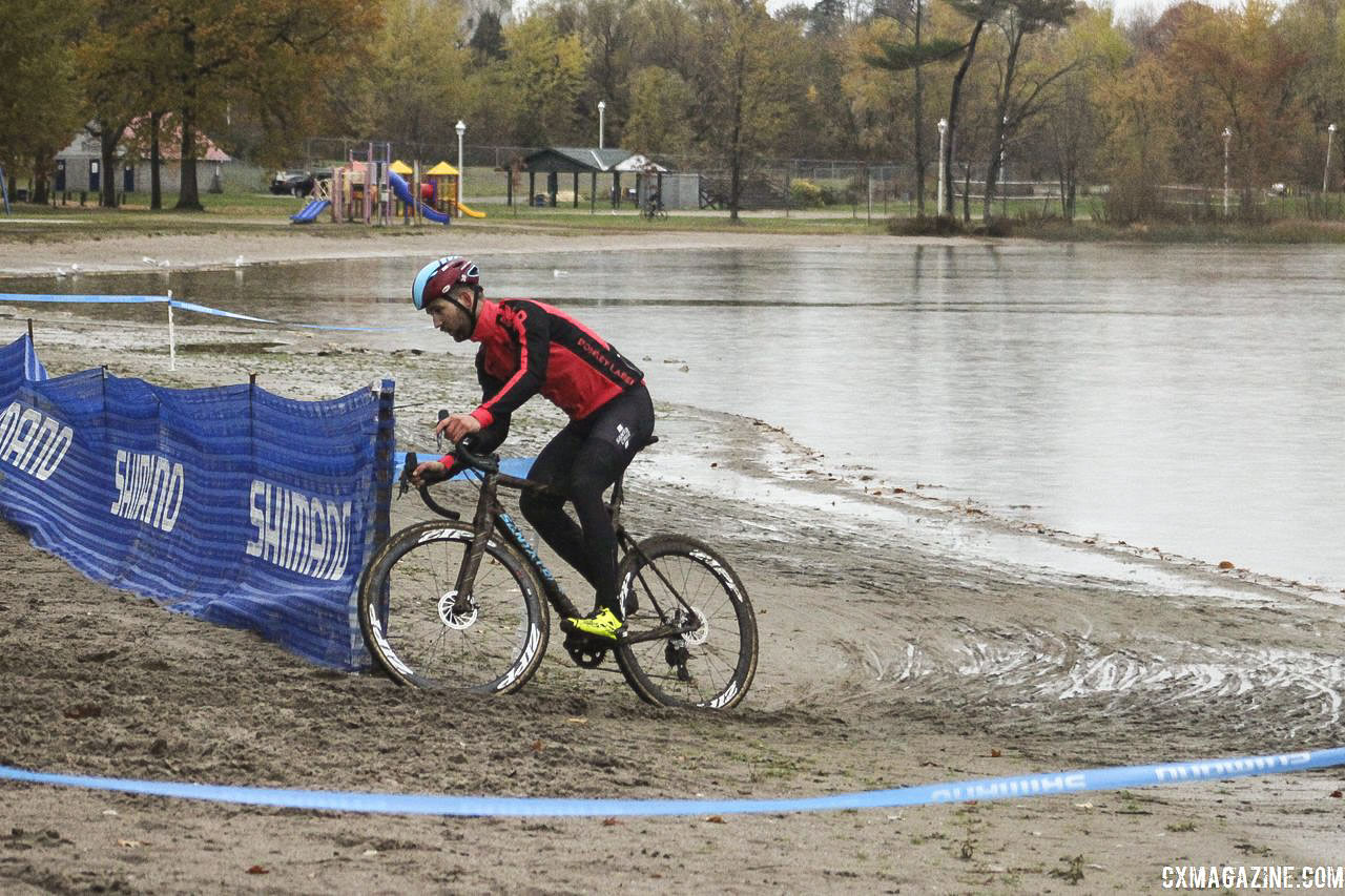 The last sand section featured another rut on Friday night. 2018 Silver Goose CX Course Inspection, Friday. © Z. Schuster / Cyclocross Magazine