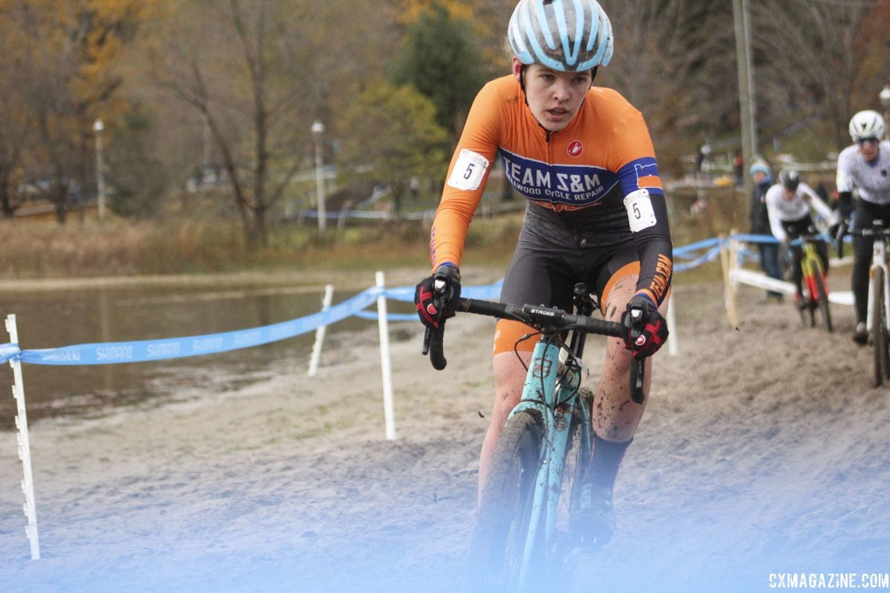 Clara Honsinger overcame a slow start to finish fourth. 2018 Silver Goose Cyclocross UCI C2 © Z. Schuster / Cyclocross Magazine