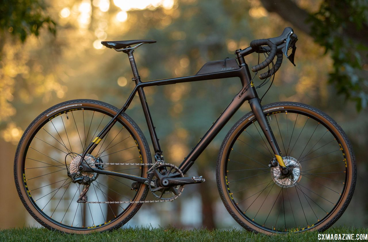 Review: Fuji Jari Carbon 1 1 Gravel/Adventure Bike