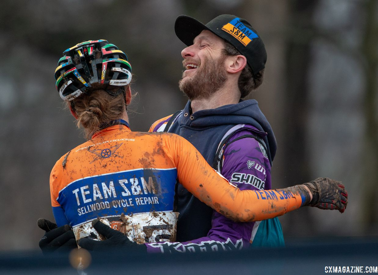 Clara Honsinger celebrates with Team S&M CX team director Eric Tonkin. U23 Women. 2018 Cyclocross National Championships, Louisville, KY. © A. Yee / Cyclocross Magazine