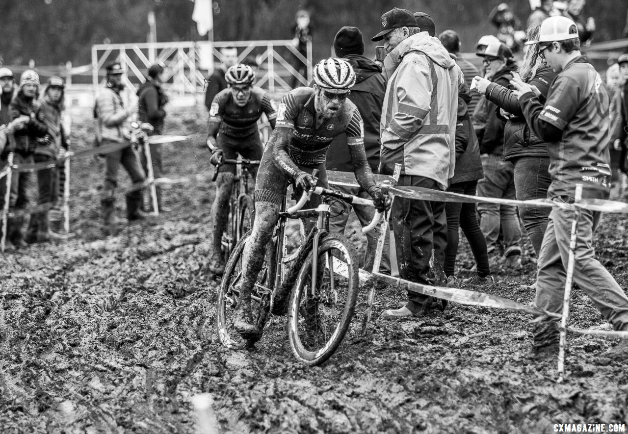 White and Hyde swapped leads all race long. Elite Men. 2018 Cyclocross National Championships, Louisville, KY. © A. Yee / Cyclocross Magazine