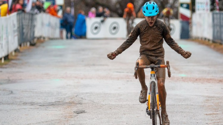 George Frazier won the 11-12 category in his hometown of Louisville. Junior Men 11-12. 2018 Cyclocross National Championships, Louisville, KY. © A. Yee / Cyclocross Magazine
