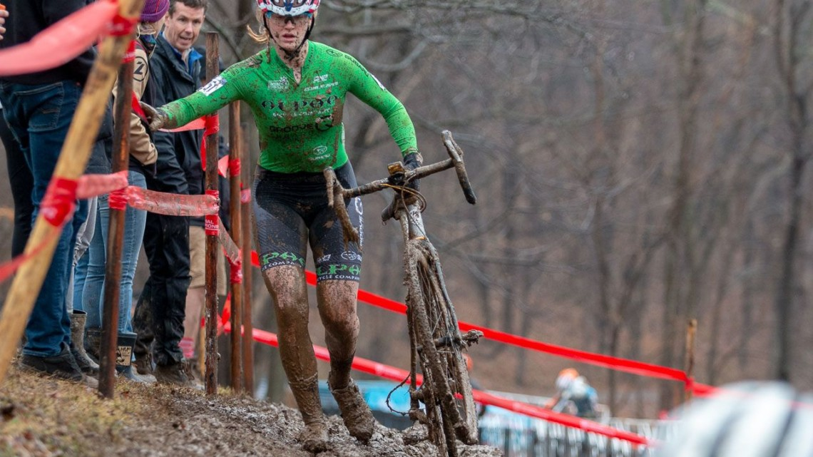 Zoerner on her way to a second National title. Junior Women 15-16. 2018 Cyclocross National Championships, Louisville, KY. © A. Yee / Cyclocross Magazine