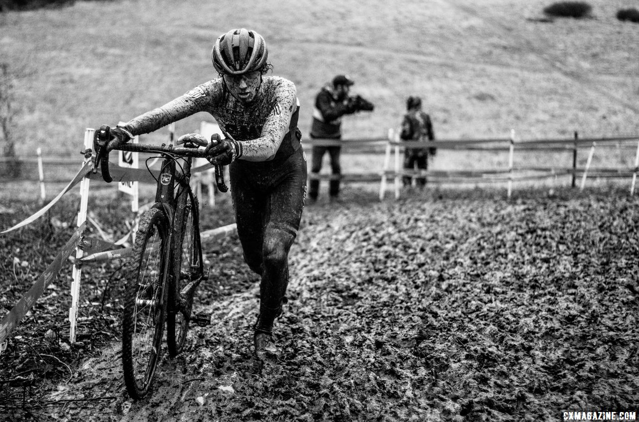 Funston giives chase and would finish second. Collegiate Varsity Men. 2018 Cyclocross National Championships, Louisville, KY. © A. Yee / Cyclocross Magazine