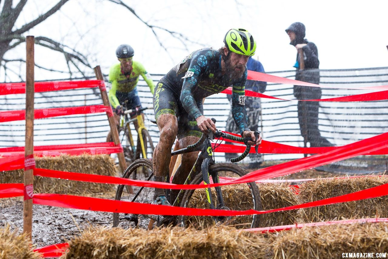 Jake Wells leads Molly Cameron through the chicanes. Masters Men 40-44. 2018 Cyclocross National Championships, Louisville, KY. © K. Baumgardt / Cyclocross Magazine