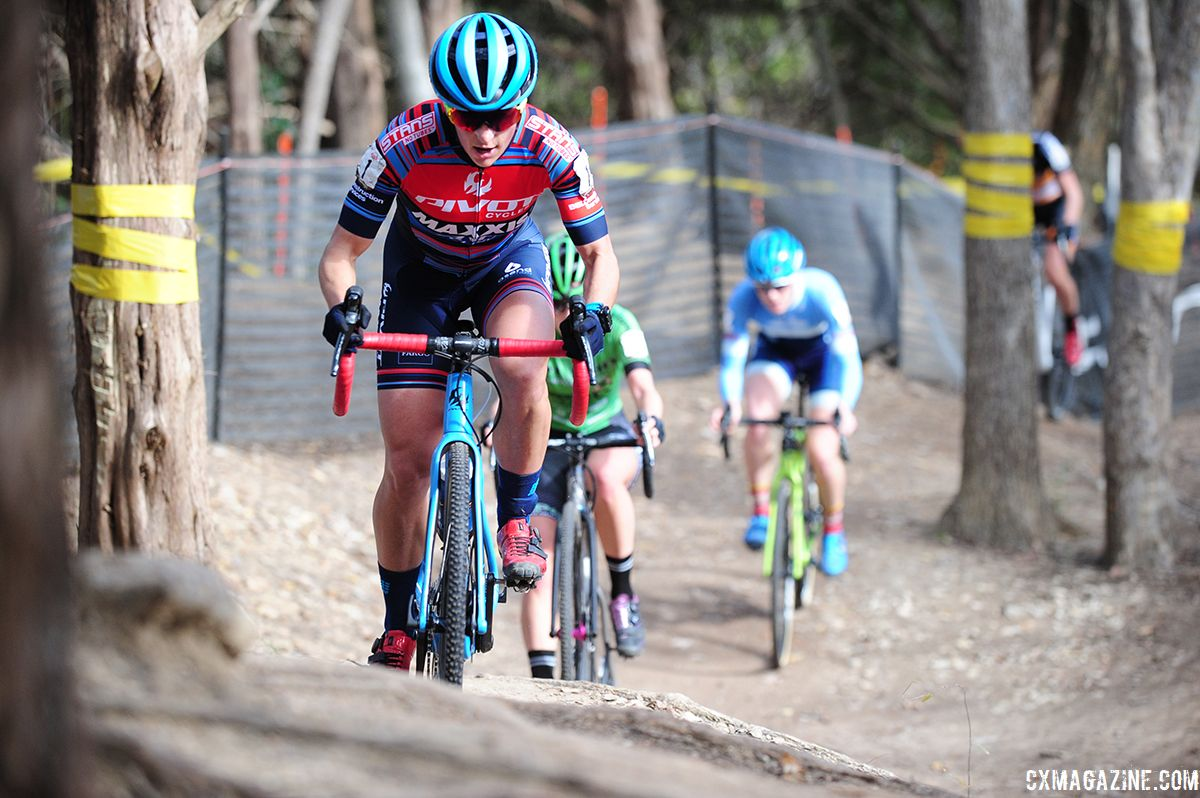 Courtenay McFadden was in the mix all afternoon Sunday. 2018 Resolution 'Cross Cup Day 2. © Lee McDaniel