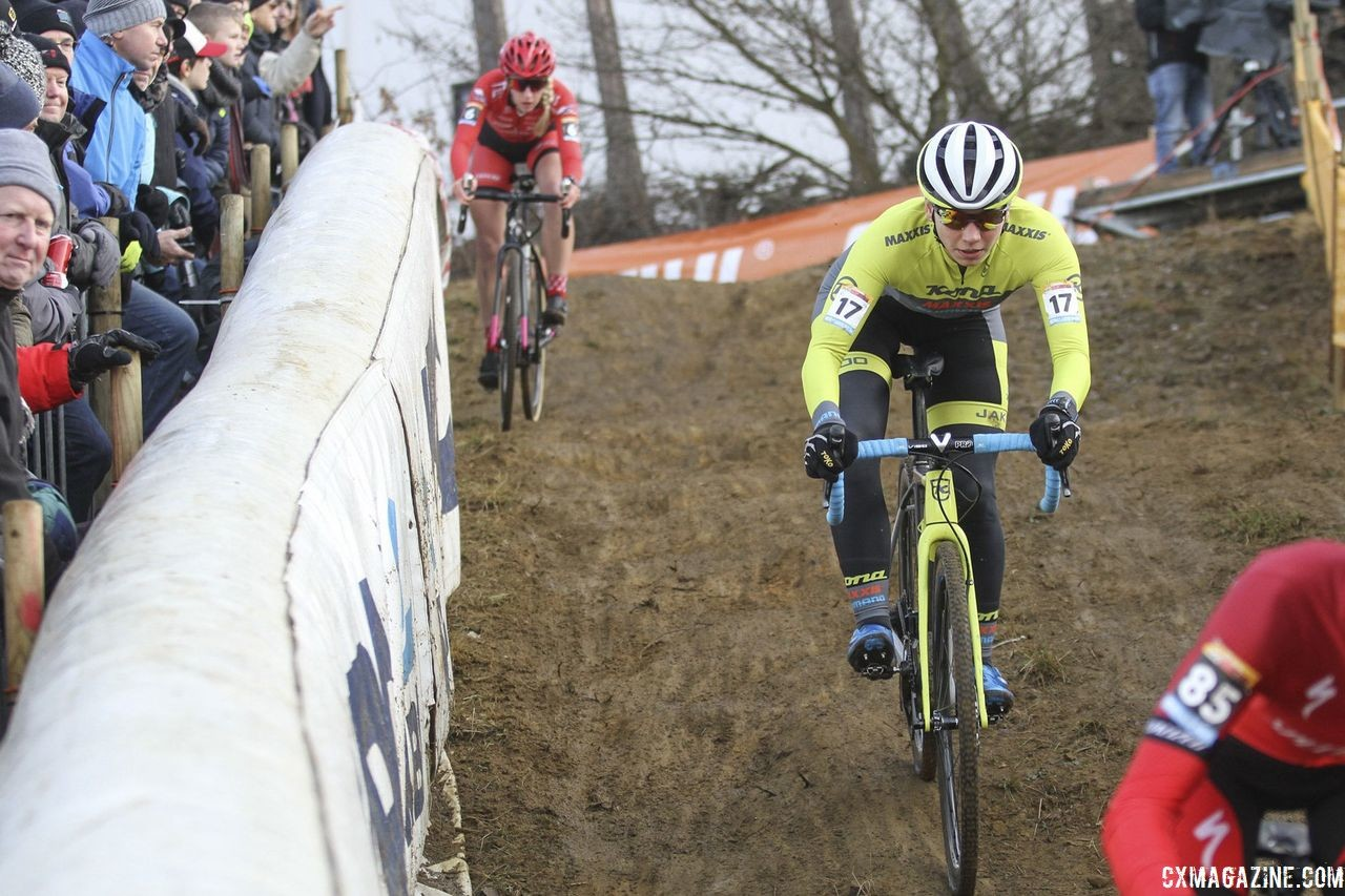 Rebecca Fahringer is back for a second year leading a cyclocross clinic in Rochester. 2018 World Cup Heusden-Zolder. © B. Hazen / Cyclocross Magazine