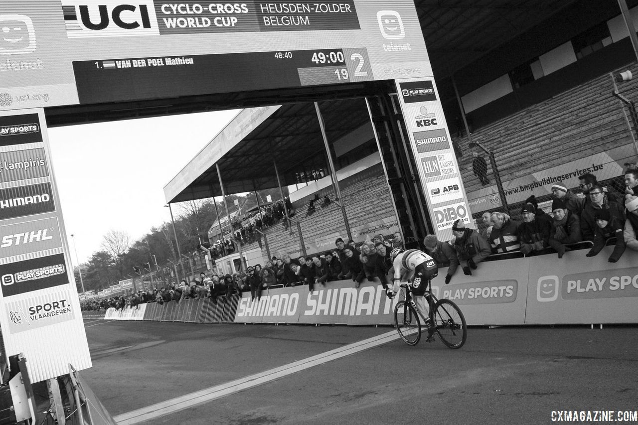 Wout van Aert chases with two to go. 2018 World Cup Heusden-Zolder. © B. Hazen / Cyclocross Magazine
