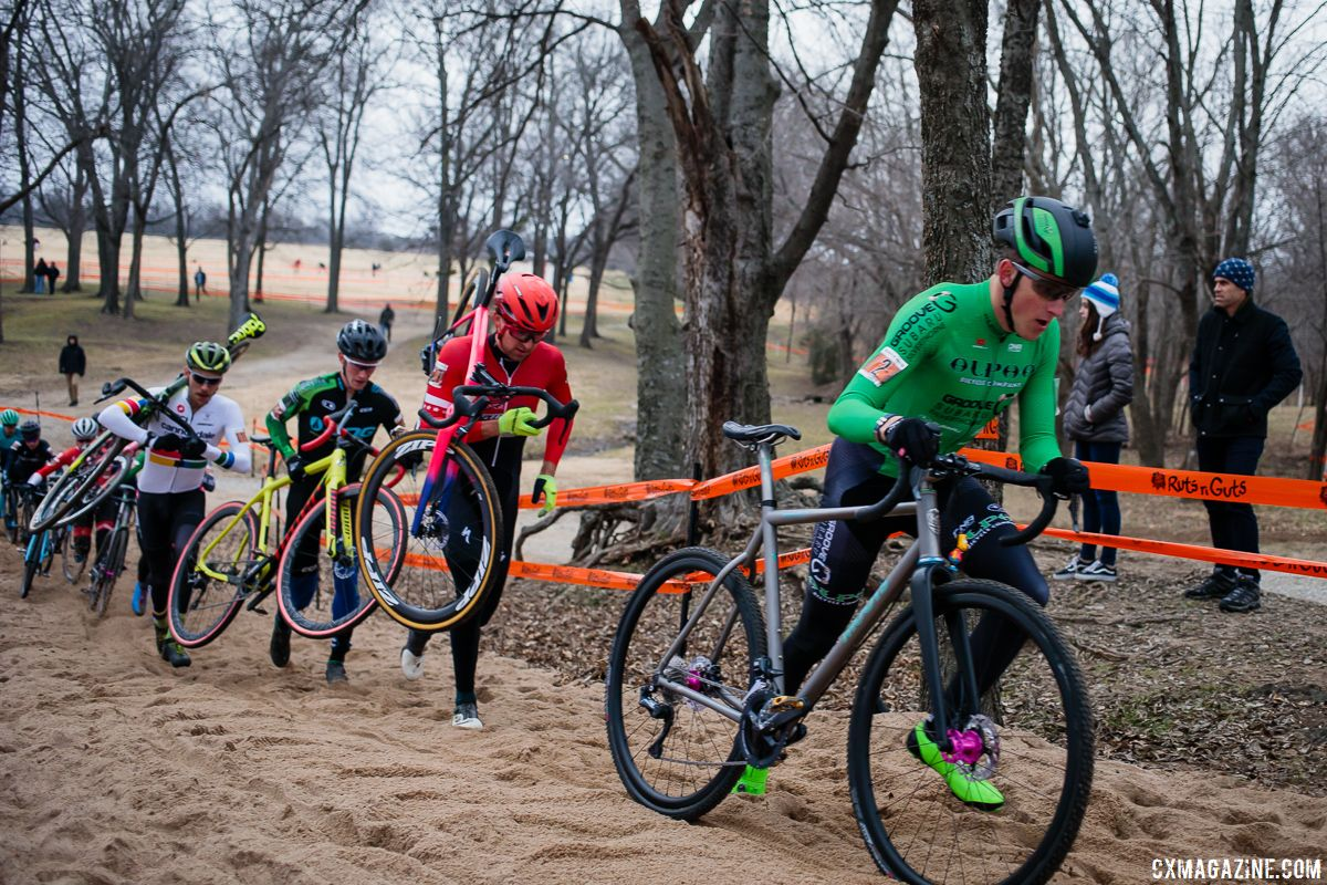 The sand made for a Dutch-like course. Elite Men, 2018 Ruts n Guts Day 1. © B. Bickerstaff