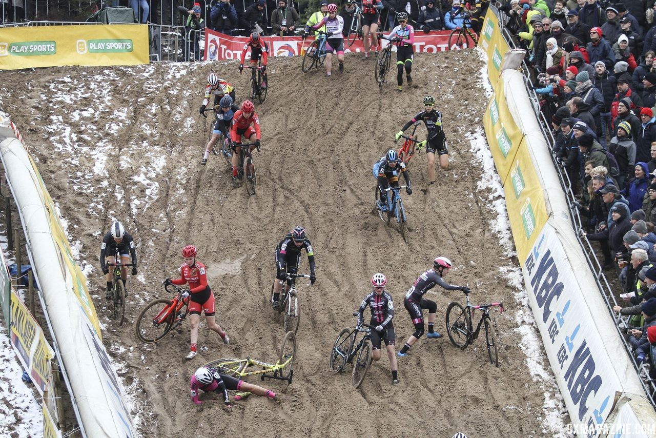 Coogan Cisek (left) avoided the first-lap pile-up. 2018 Superprestige Zonhoven. © B. Hazen / Cyclocross Magazine