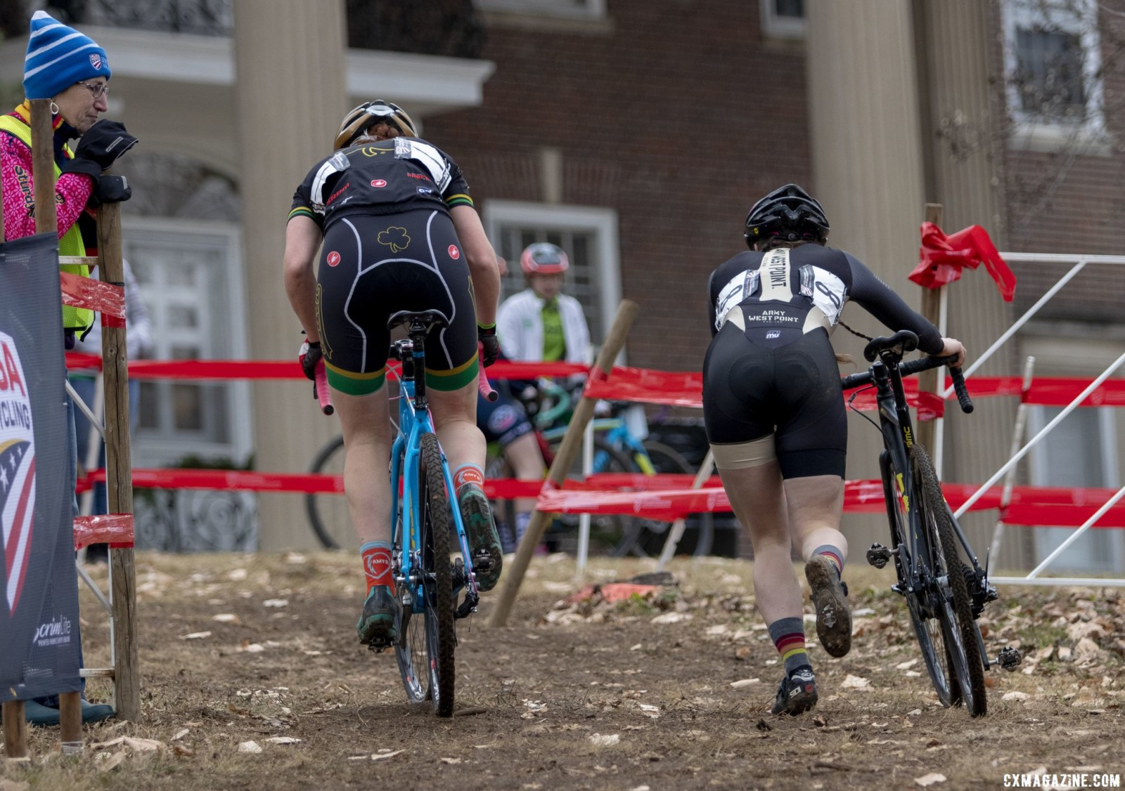 Kate Ginsbach and Elizabeth Huuki fought for the final podium step. Collegiate Club Women. 2018 Cyclocross National Championships, Louisville, KY. © A. Yee / Cyclocross Magazine