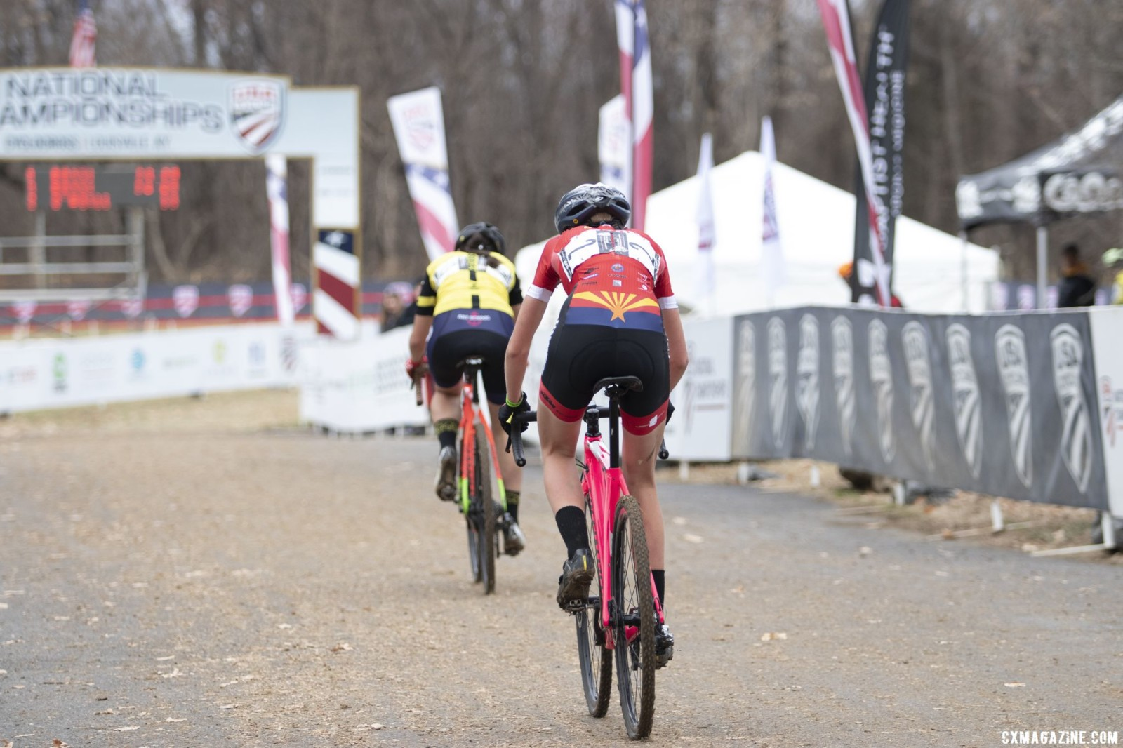 Rossi exited the barriers with an insurmountable lead. Collegiate Club Women. 2018 Cyclocross National Championships, Louisville, KY. © A. Yee / Cyclocross Magazine