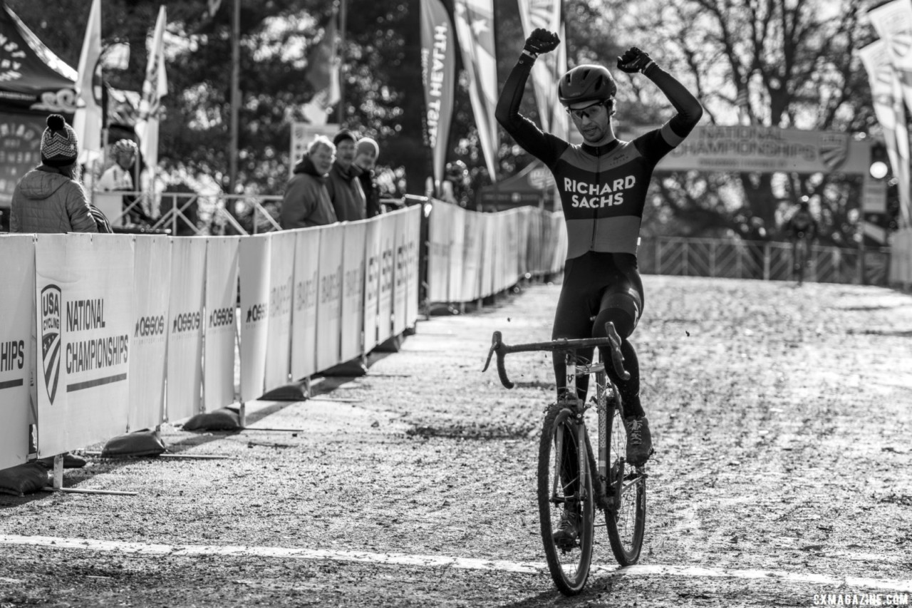 Dan Chabanov FTW in the Baby Masters. Masters Men 30-34. 2018 Cyclocross National Championships, Louisville, KY. © A. Yee / Cyclocross Magazine