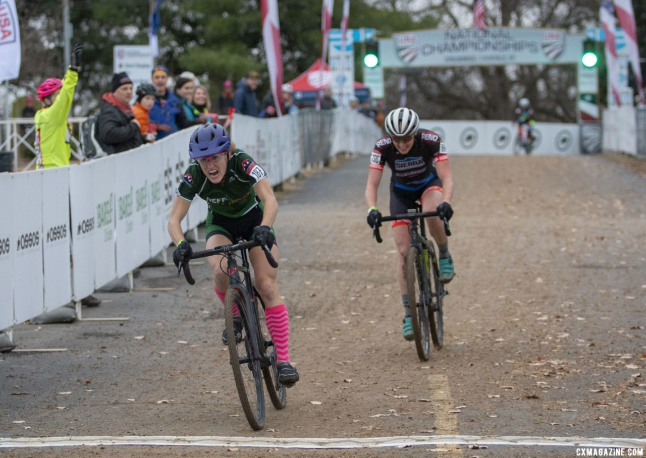Holly LaVesser outkicked Suzanne Snyder to take the win. Masters Women 35-39. 2018 Cyclocross National Championships, Louisville, KY. © A. Yee / Cyclocross Magazine