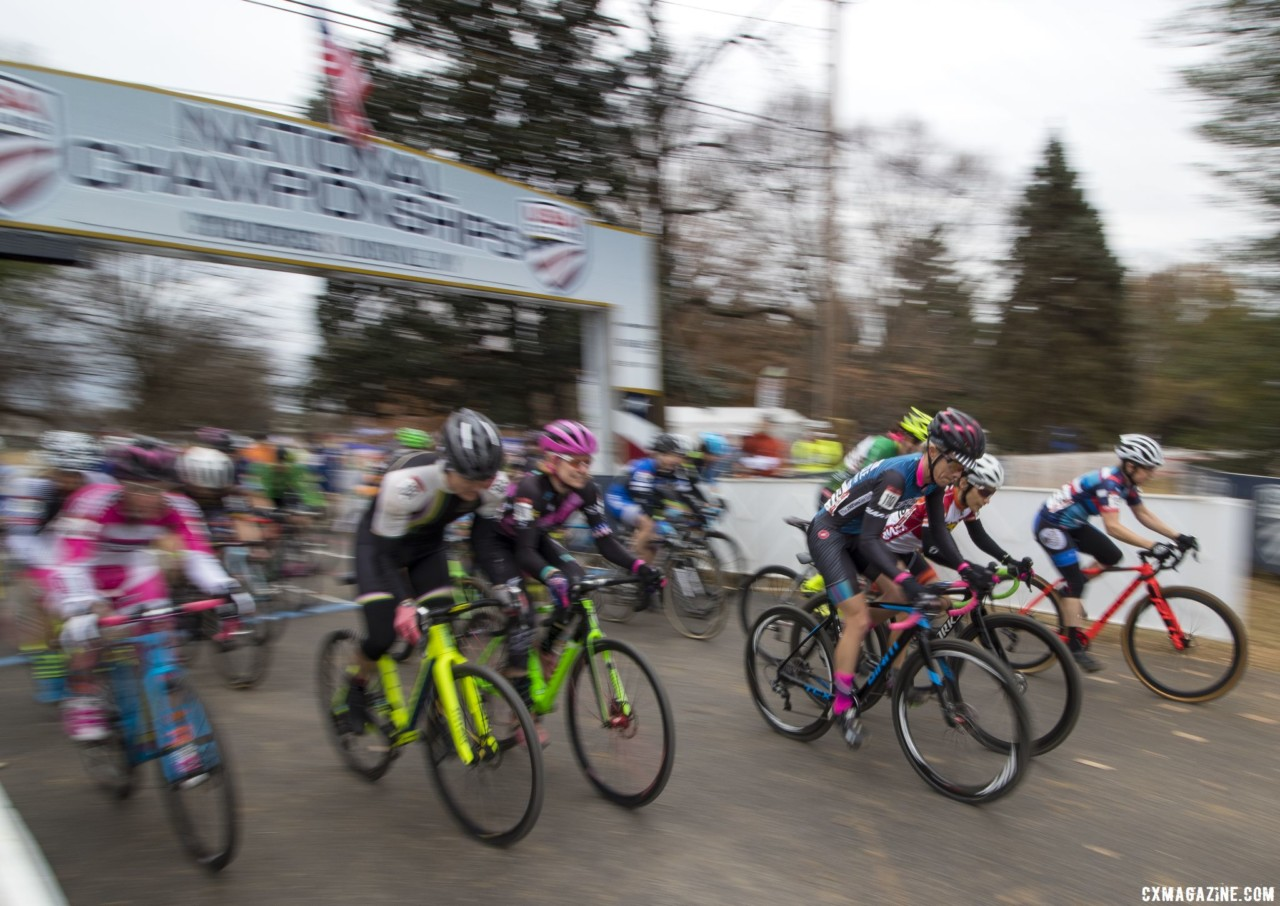Weber was fast from the start and carried momentum to the finish. Masters Women 45-49. 2018 Cyclocross National Championships, Louisville, KY. © A. Yee / Cyclocross Magazine