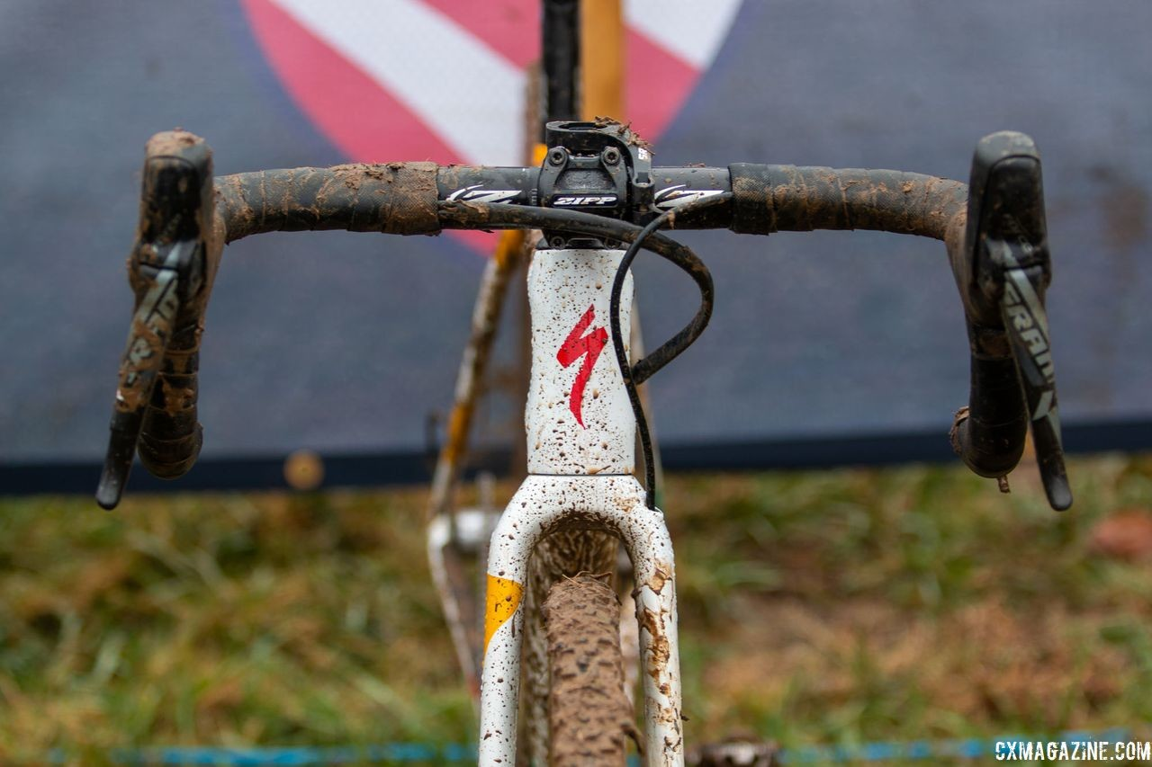 Sturm ran Zipp components in her cockpit, including a Service Course SL 80 handlebar. Sarah Sturm's title-winning singlespeed Specialized Crux. 2018 Cyclocross National Championships, Louisville, KY. © A. Yee / Cyclocross Magazine