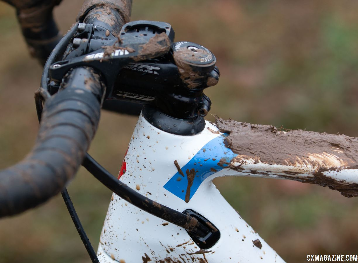Sturm used a short Zipp Service Course SL stem and flipped her out-front computer mount over the stem. Sarah Sturm's title-winning singlespeed Specialized Crux. 2018 Cyclocross National Championships, Louisville, KY. © A. Yee / Cyclocross Magazine