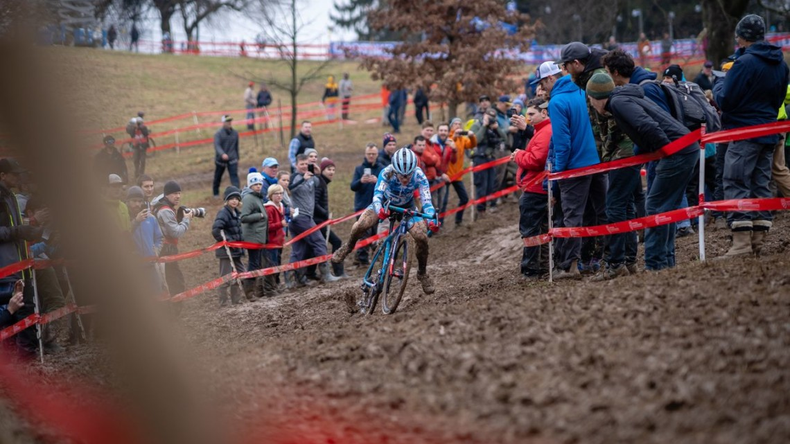 Katie Compton does her best to manage the long descent into the bowl. 2018 Louisville Cyclocross Nationals, Saturday and Sunday. © Drew Coleman
