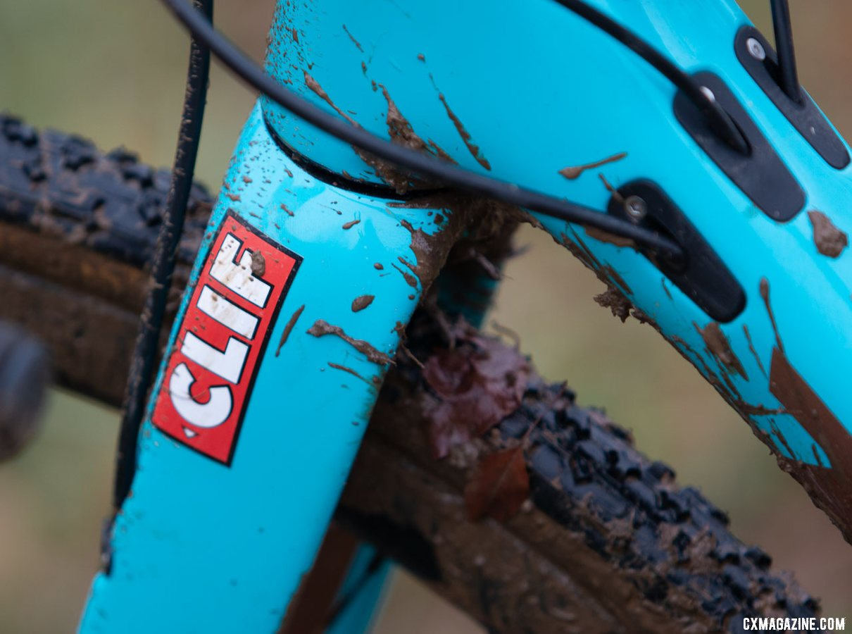 Clif is a team sponsor of Team S&M CX. Clara Honsinger's Kona Major Jake cyclocross bike. 2018 Cyclocross National Championships, Louisville, KY. © A. Yee / Cyclocross Magazine