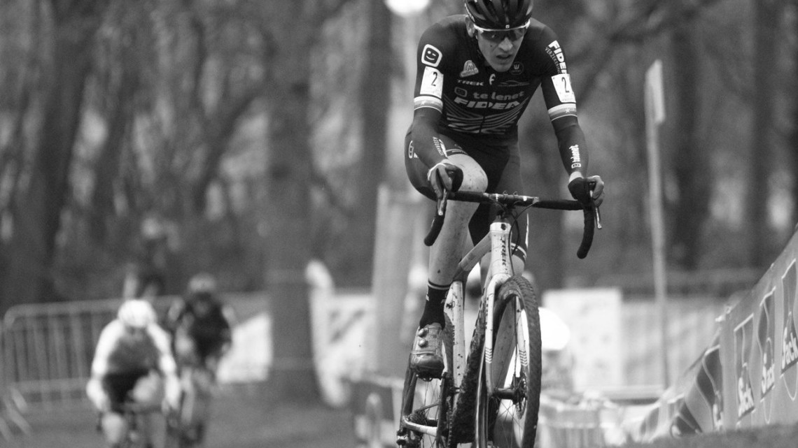 Toon Aerts broke free from the chase group to get second. 2019 Brussels Universities Cyclocross. © B. Hazen / Cyclocross Magazine