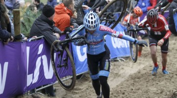 Denise Betsema got off to a fast start before finishing fourth. 2019 Dutch Cyclocross National Championships, Huijbergen. © B. Hazen / Cyclocross Magazine