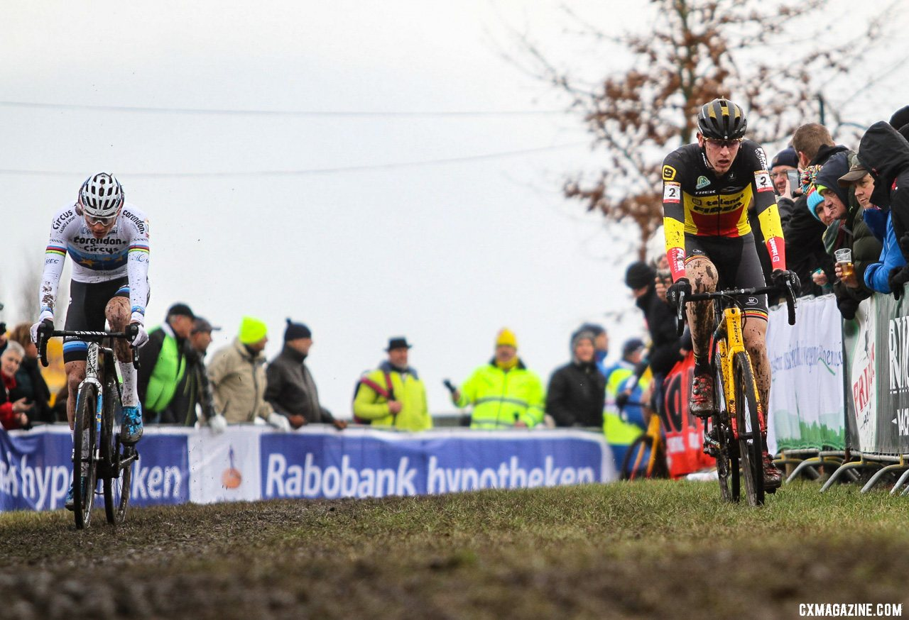 The early leaders, Van der Poel and Aerts, look for hard ground. Elite Men, 2019 Hoogerheide UCI Cyclocross World Cup. © B. Hazen / Cyclocross Magazine