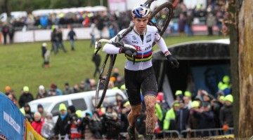 Wout van Aert came close to the World Cup overall title, but fell one place short. Elite Men, 2019 Hoogerheide UCI Cyclocross World Cup. © B. Hazen / Cyclocross Magazine