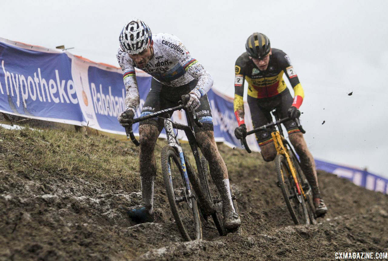 Aerts and Van der Poel had a lead in Lap 1. 2019 World Cup Hoogerheide. © B. Hazen / Cyclocross Magazine
