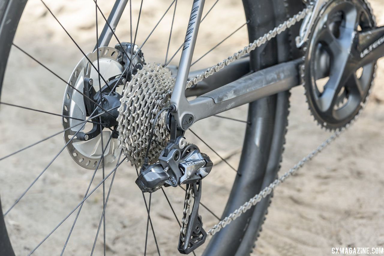 Our bike came with an Ultegra R8050 Di2 rear derailleur. The 2019 model comes with the Ultegra RX805 clutch rear derailleur. Canyon Grail CF SLX 8.0 Di2 Gravel Bike. © C. Lee / Cyclocross Magazine