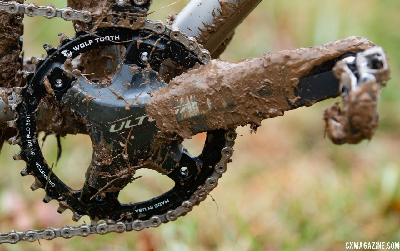 Clouse opted for a 1x setup with a 38t Wolf Tooth Drop Stop chain ring mounted to an Ultegra R6800 crankset. Katie Clouse's Moots Psychlo X RSL. 2018 Cyclocross National Championships V2. Louisville, KY. © Cyclocross Magazine
