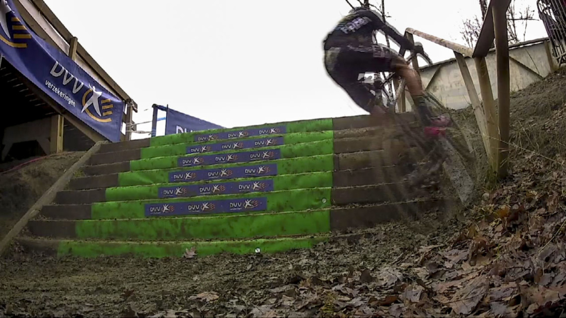 Thibau Nys rides the stairs. 2019 GP Sven Nys, Junior Men. DVV Verzekeringen Trofee. © Cyclocross Magazine
