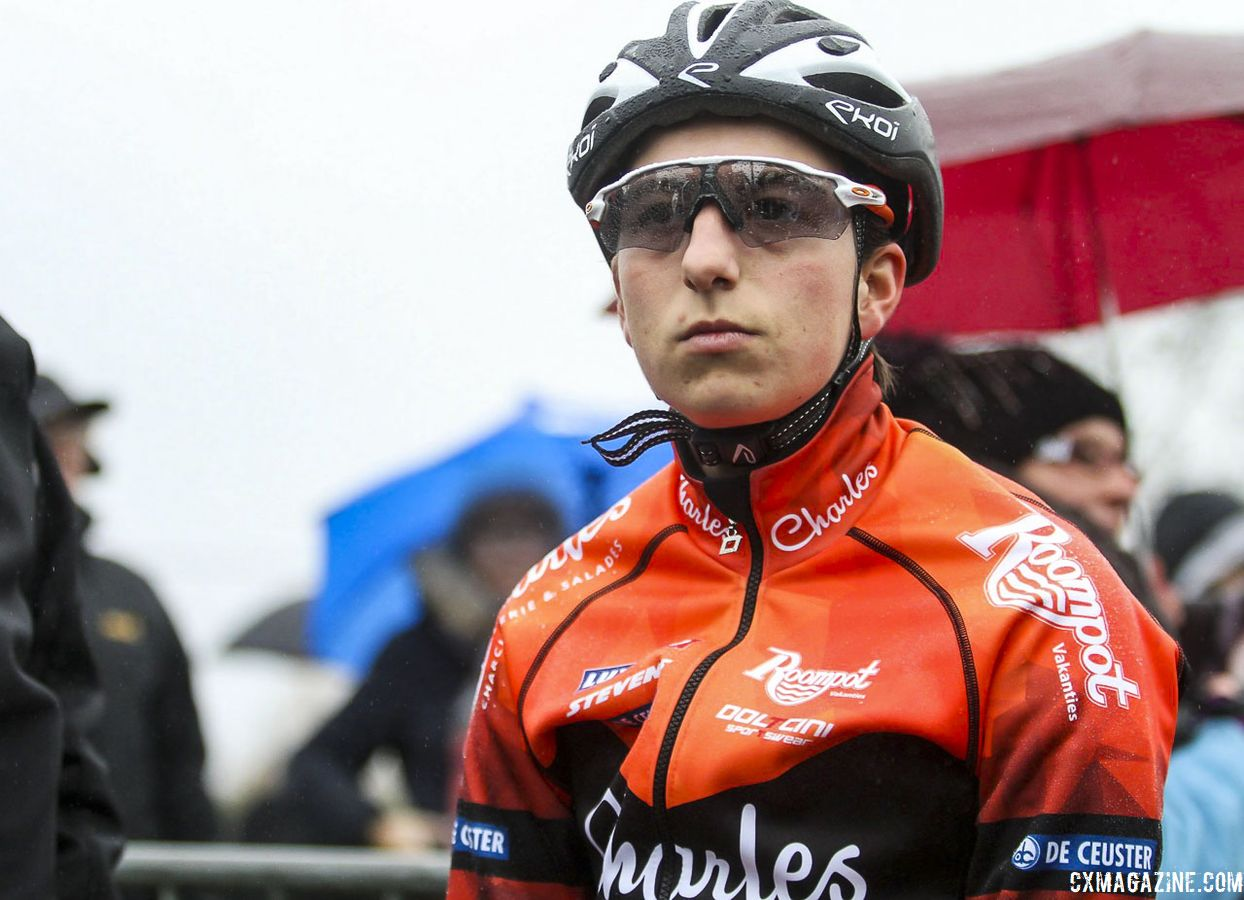Maud Kaptheijns' former Crelan - Charles team is now Roompot - Charles. 2019 GP Sven Nys, Elite Women - DVV Verzekeringen Trofee. © B. Hazen / Cyclocross Magazine