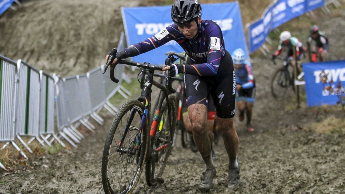 Nikki Brammeier finished on another podium in third. 2019 GP Sven Nys, Elite Women - DVV Verzekeringen Trofee. © B. Hazen / Cyclocross Magazine