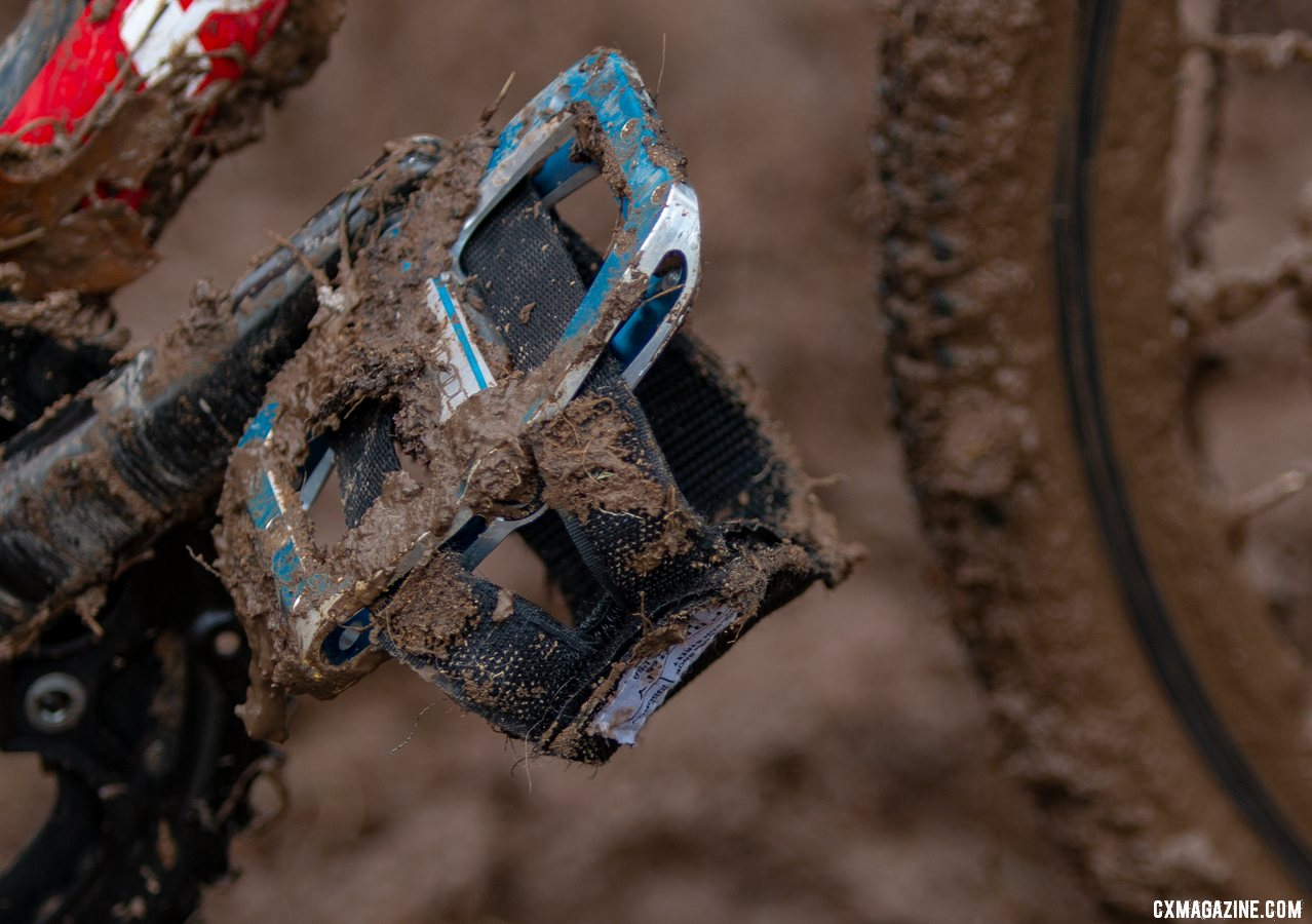 Priority Pedal Straps from Priority Bicycles kept Miller Reardon's shoeless foot secure as he raced to the line on his Redline Conquest 24. 2018 Cyclocross National Championships, Louisville, KY. © A. Yee / Cyclocross Magazine