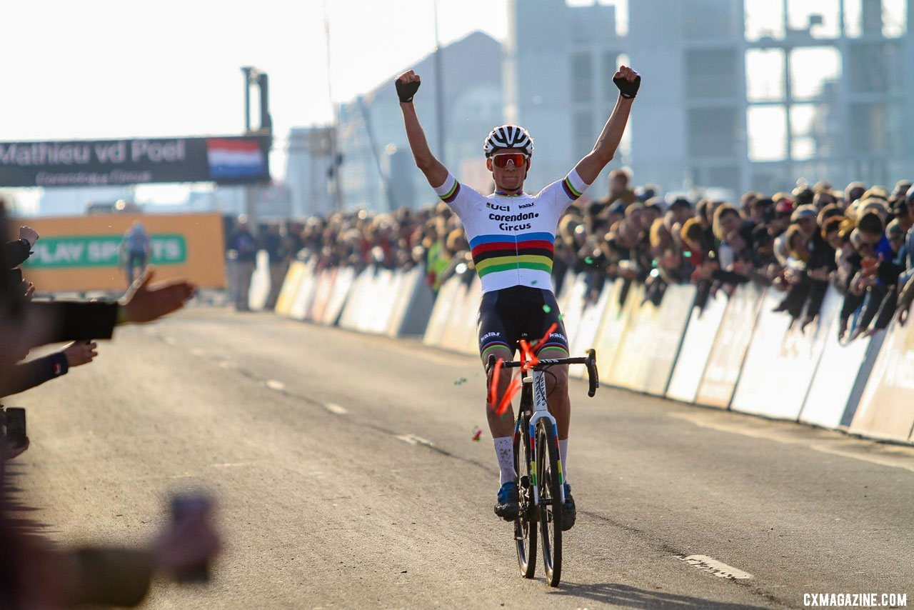 Mathieu van der Perfect. 2019 Telenet Superprestige Noordzeecross Middelkerke. Elite Men. © B. Hazen / Cyclocross Magazine