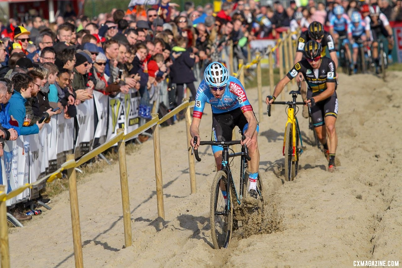 Vanthourenhout had some success riding the sand. 2019 Telenet Superprestige Noordzeecross Middelkerke. Elite Men. © B. Hazen / Cyclocross Magazine