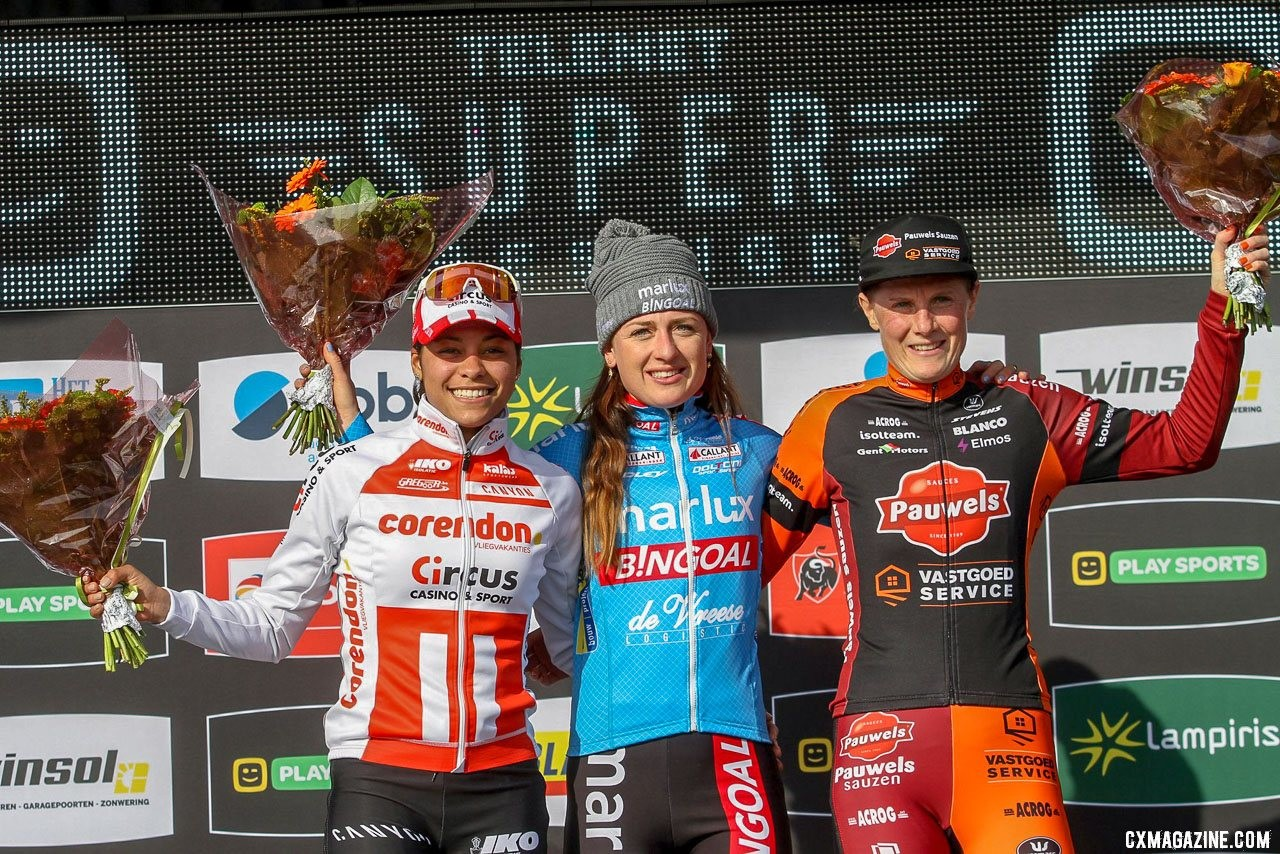 Denise Betsema wins the 2019 Telenet Superprestige Noordzeecross Middelkerke ahead of Alvarado and Sels. Elite Women. © B. Hazen / Cyclocross Magazine