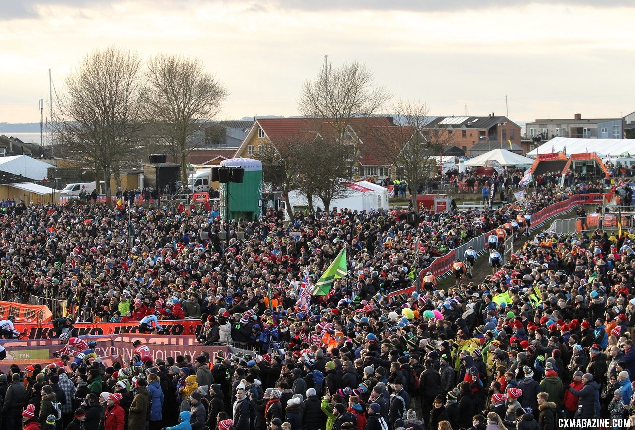 The crowds came out in force to watch the Elite Men. 2019 Cyclocross World Championships, Bogense, Denmark. © B. Hazen / Cyclocross Magazine
