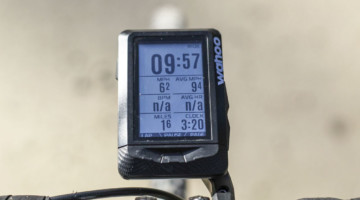 The Elemnt displays up to 11 data fields. Seven fields fits the screen nicely. Wahoo Elemnt GPS Cycling Computer. © Z. Schuster / Cyclocross Magazine