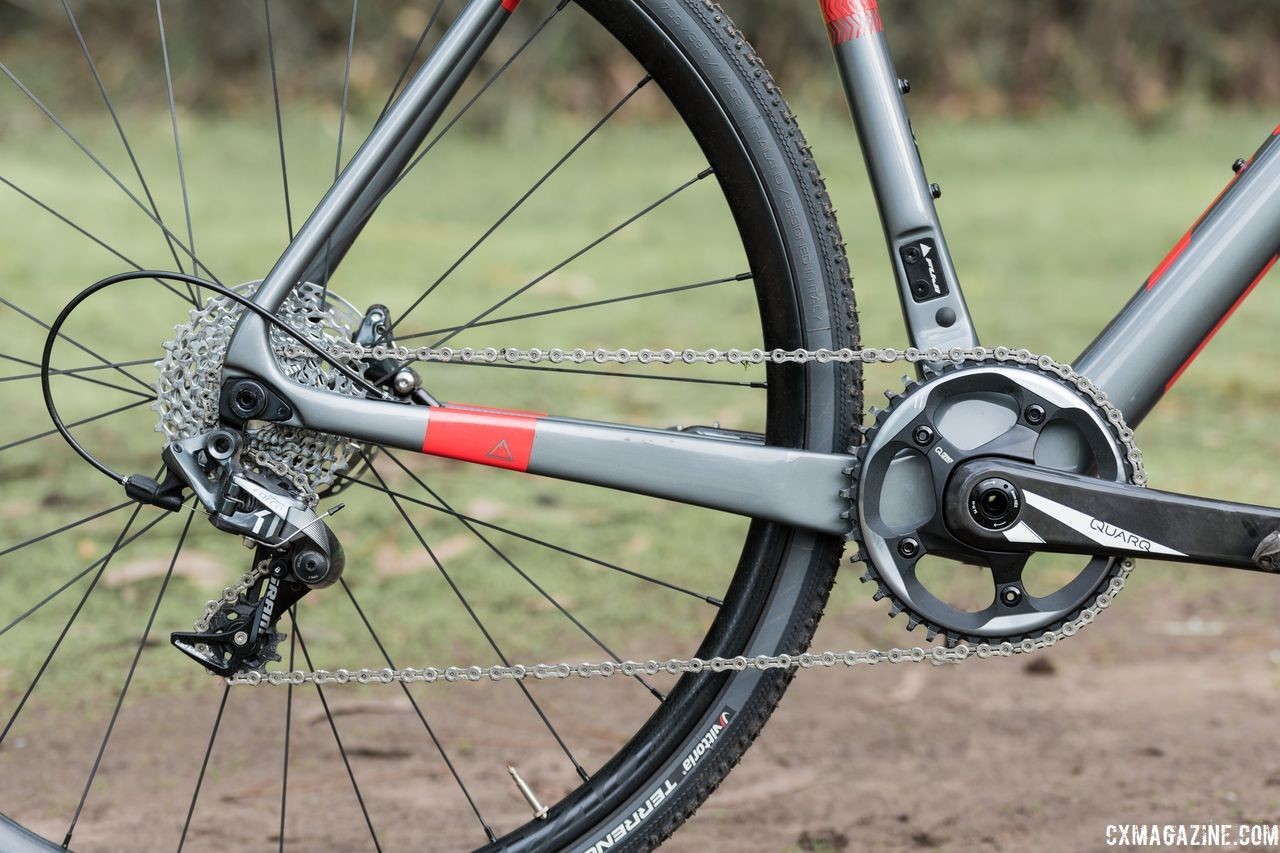 Our test bike came with race gearing that included a 42t front chain ring and 11-32t rear cassette. The crankset is a Quarq power-ready SRAM Force 1 crank. Fuji Altamira CX 1.1 carbon cyclocross bike. © C. Lee / Cyclocross Magazine